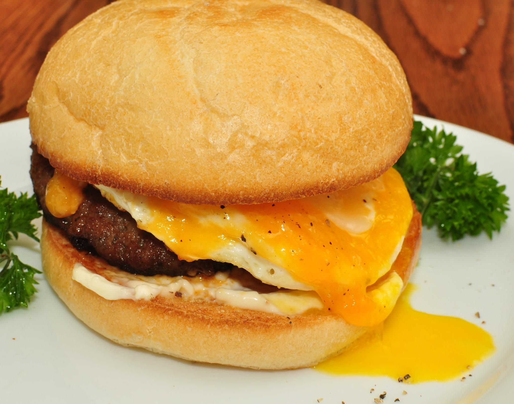 Sausage,_egg,_and_cheese_on_a_Kaiser_roll