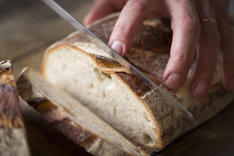 gallery-1481717201-bread